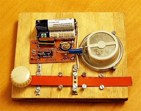 Mata Gergaji Gmt 20db 9 homebrew morse key and tone generator
