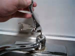 Removing Delta Kitchen Faucet by How To Repair A Delta Single Handle Kitchen Faucet Step4