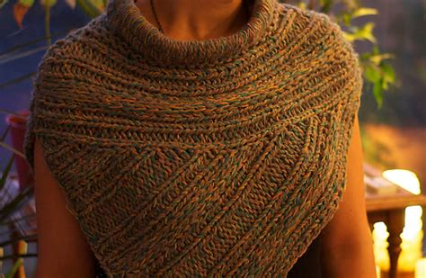 pattern for hunger games sweater ravelry katniss cowl pattern by katharina schnorr
