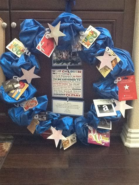 Gift Card Wreath For Teacher - 138 best images about gift card trees and gift card wreaths on pinterest teaching