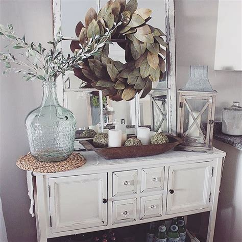 foyer table decor ideas 25 best ideas about foyer table decor on
