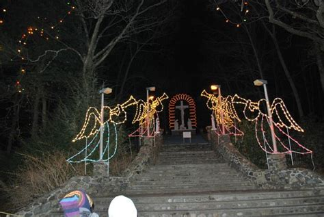 festival of lights attleboro massachusetts festival of lights lasalette shrine صورة national