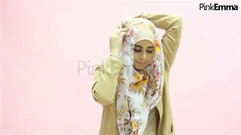 tutorial jilbab risty tagor tutorial hijab risty tagor menutup dada praktis dengan