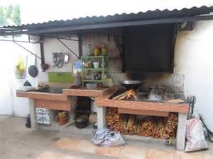 Simple Cheap Backyard Ideas Simple Outdoor Kitchen Designs Simple Outdoor Kitchen