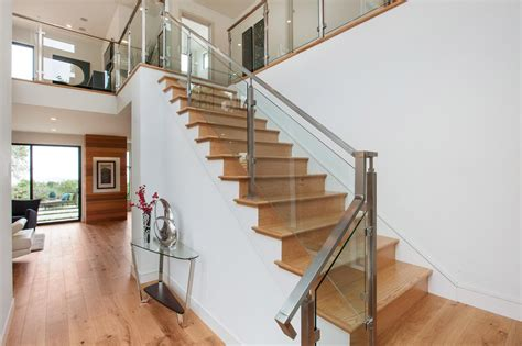 design your homes with aluminum stair railing