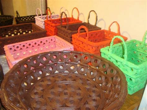 manualidades camasta d senicienta d papel cestas de papel periodico reciclaje pinterest