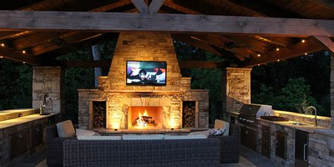 Outdoor Kitchens & Entertainment Areas   The Woodlands