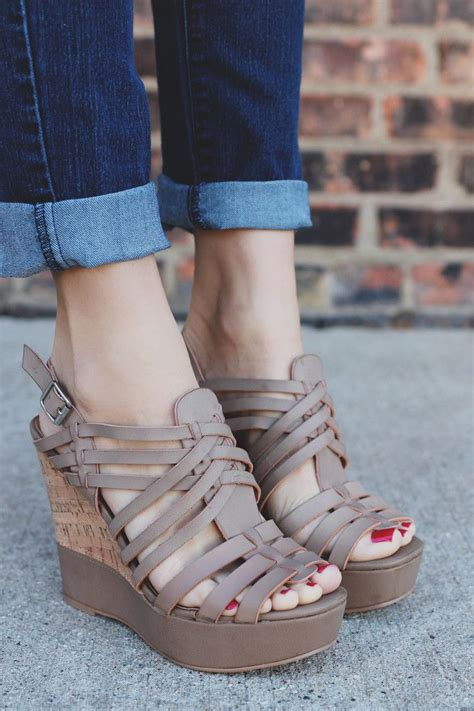 Sandal Kelsey 25 633 Klnwxo strappy woven leather platform wedge kelsey 20a uoionline s clothing boutique uoi