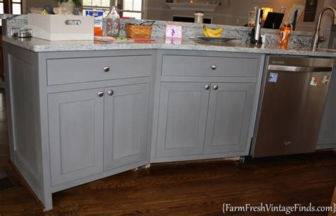 Waxing Kitchen Cabinets by Waxing Kitchen Cabinets Things New Painting And Waxing