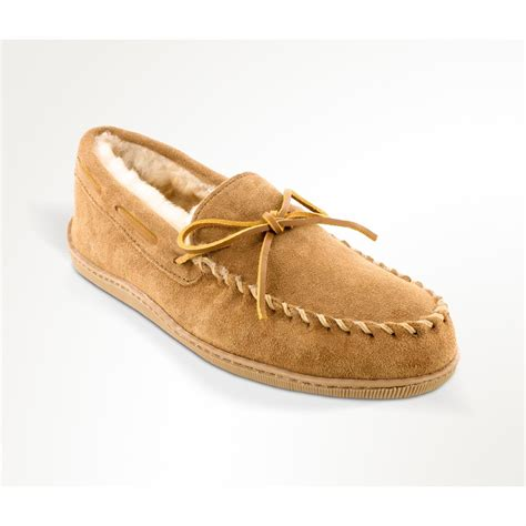 moccasin slippers minnetonka moccasin sheepskin hardsole moccasin slippers