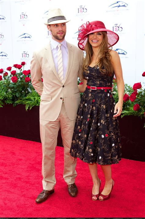 what to wear to a kentucky derby brown hairs