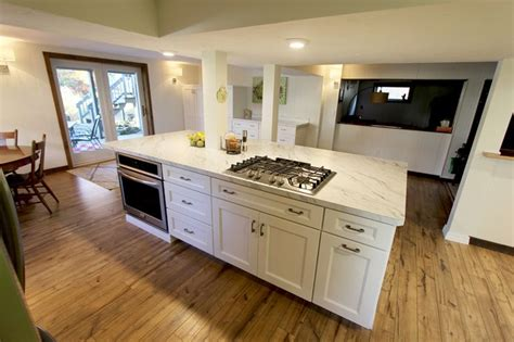 Medallion Gold Cabinets by 17 Best Images About White Kitchens On Maple