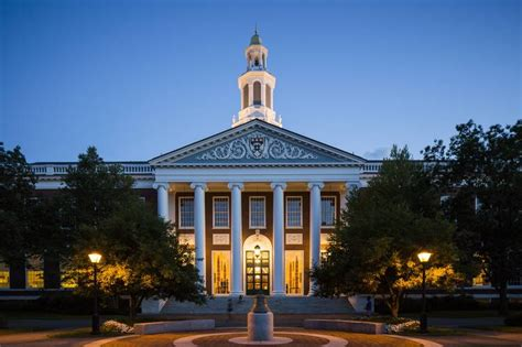Harvard Hbs Mba by Harvard Endowment Chief Pushed For Steeper Devaluation Of