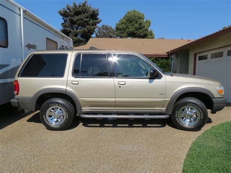 2000 ford explorer xls 2000 ford explorer pictures cargurus