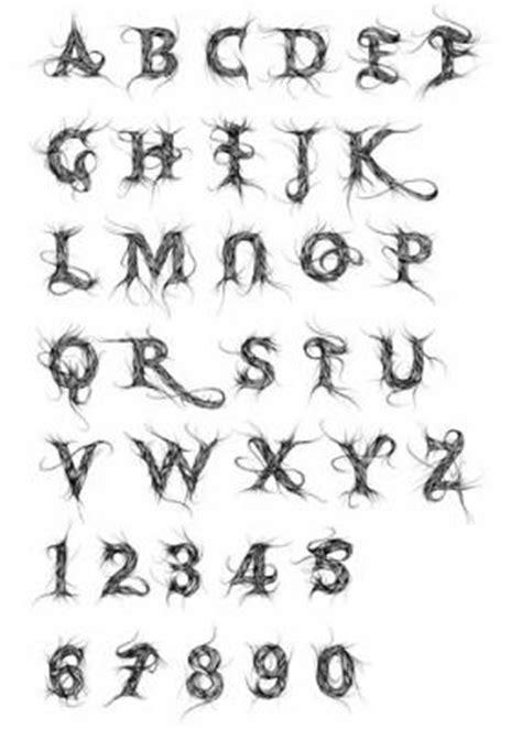 lettere tribali gravure lettre tribal n 176 9 scoot tuning