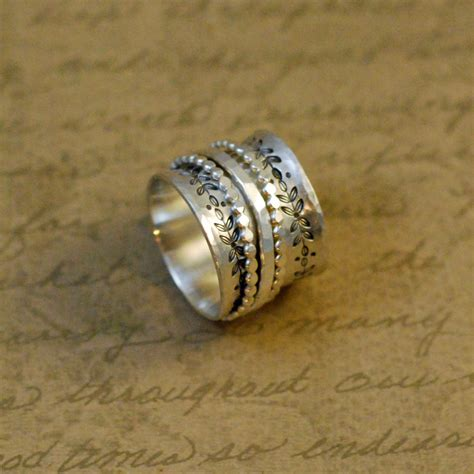 sterling silver spinner ring 5 8 wide scalloped ring