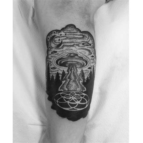 geometric ufo tattoo ufo sacred geometry tattoo by oliver kenton san francisco