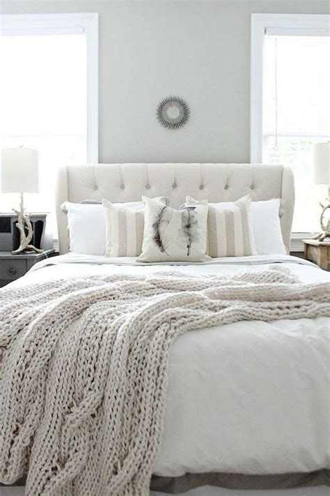 farmhouse style bedroom furniture 25 best ideas about farmhouse style bedrooms on pinterest