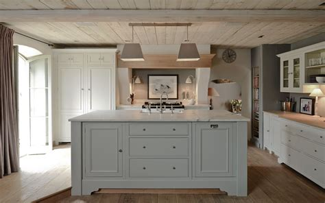 neptune kitchens the ceiling and color cabinetry