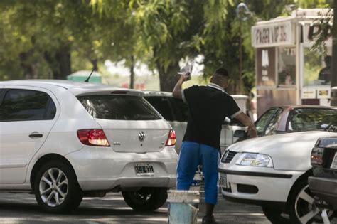 bureau des autos 钁e los trapitos que extorsionan por dejar el coche indignan