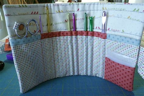 crochet hook holder pattern to sew crochet hook holder quilting and sewing ideas pinterest