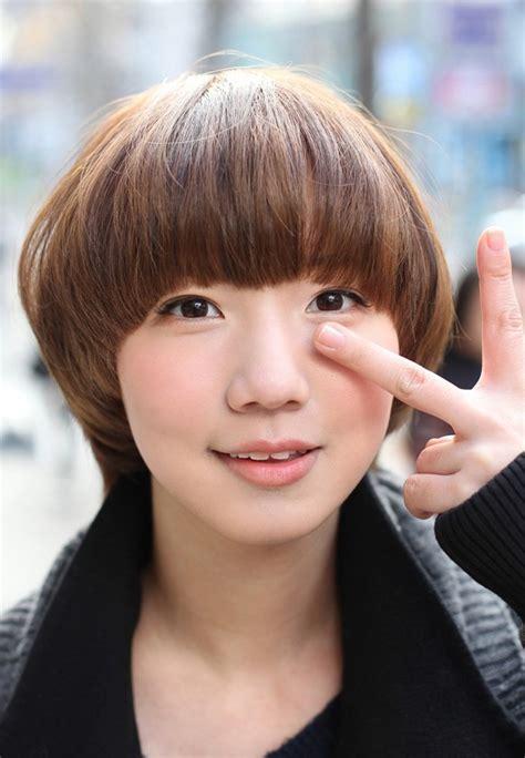 cute hair color for asian cute mushroom bob hairstyle asian hair color trends