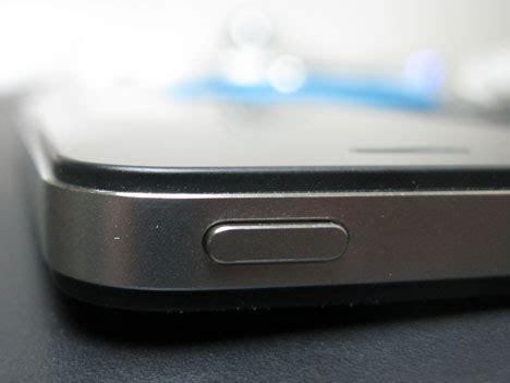 A Modicum Of Impressions core77 s iphone 4 impressions core77