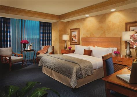 luxor vegas rooms 29 best images about hotel rooms on