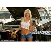 LAdies Sexy Mechanic Girl Hot Model Of Cars