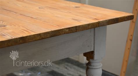 different ways to paint a table turning tables with chalk paint c i r u e l o i n t e r