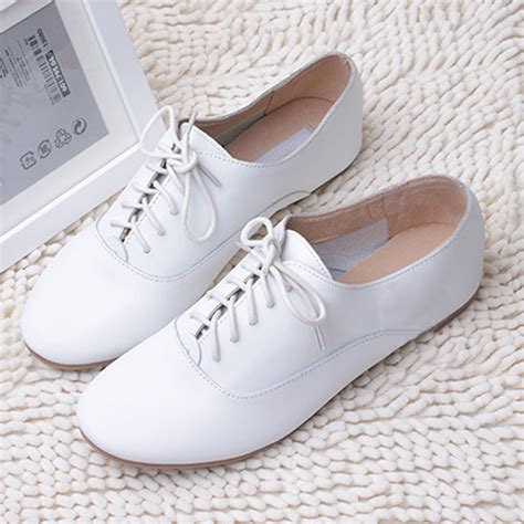 white leather loafer oxford flat shoe lace up