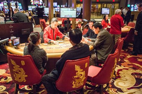 oriental themed hotel vegas asian focused lucky dragon casino bets big on vip gamblers