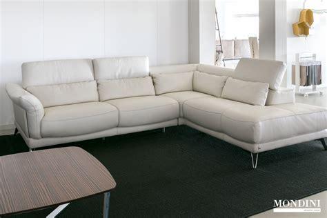 divani ad angolo in pelle prezzi divani angolo prezzi divani in pelle ad angolo moderni