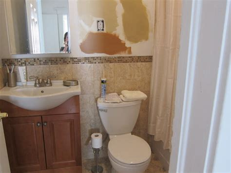 bathroom wall color help