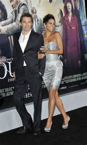 Lepaparazzi News Update Olivier Martinez Three Times by 17 Best Ideas About Halle Berry Husband On