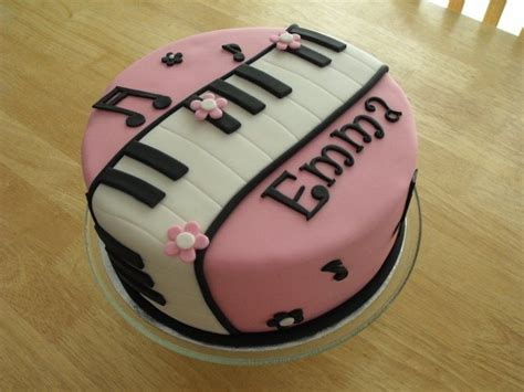 Keramik Bentuk Cupcake Besar Pink 17 best ideas about piano cakes on themed cakes birthday cakes and
