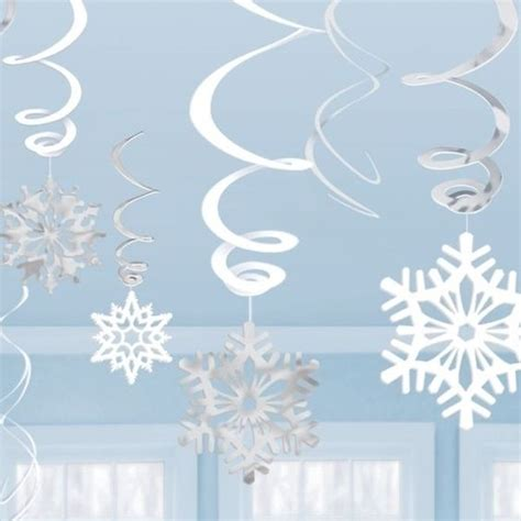 How To Make Hanging Paper Swirls - snowflakes frozen and swirls on