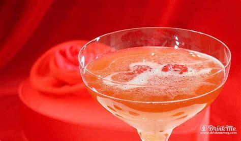 valentines day cocktails valentines cocktail velvet drink me