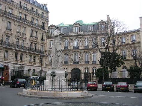where to put the st panoramio photo of place saint georges statue de