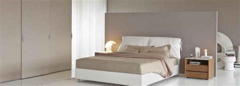 biancheria da letto flou dormire bene letto materasso e biancheria cose di casa