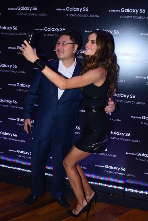 Katy Perry Casing Samsung izabel goulart samsung galaxy s6 and s6 edge launch 15