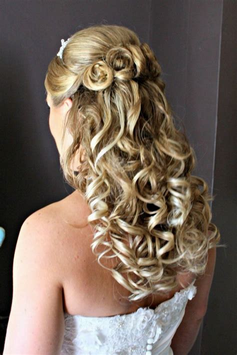 pictures of wedding hairstyles half up half updo hairstyles for weddings hairstyle hits pictures