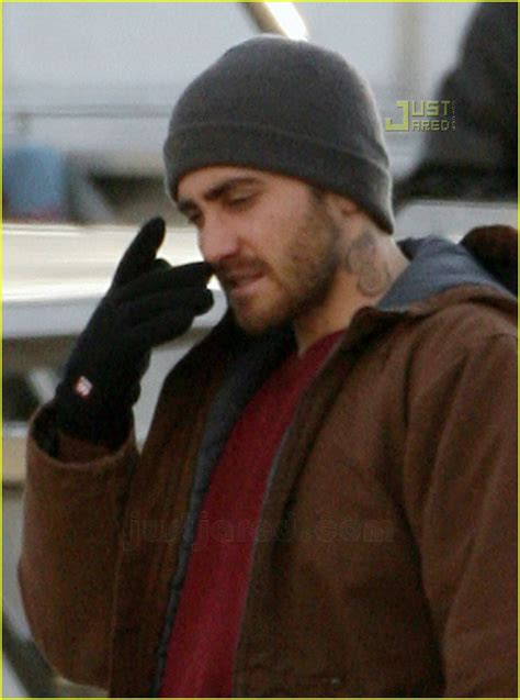 pin jake gyllenhaal has a neck tattoo on pinterest