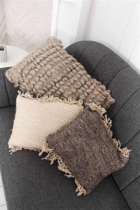 cuscini decorativi letto oltre 25 fantastiche idee su cuscini decorativi su