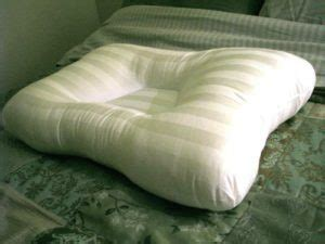 pillows for a bad neck 3 critical factors in choosing the a pillow for neck