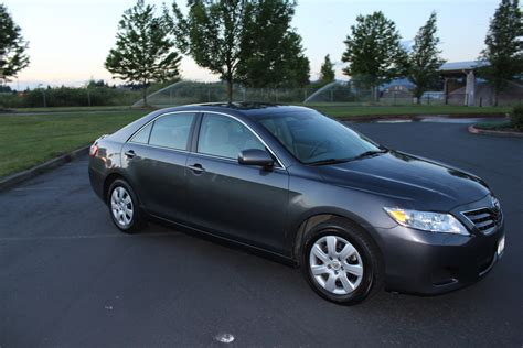Toyota Camry Le 2010 2010 Toyota Camry Pictures Cargurus