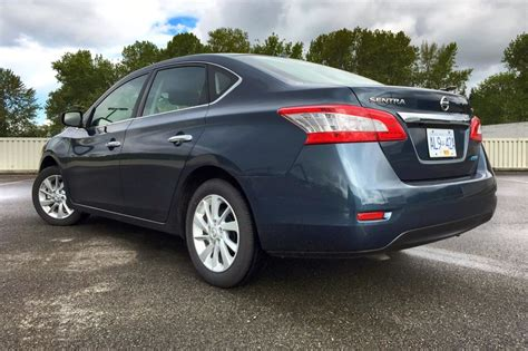 test drive  nissan sentra sv  speed manual page    autosca page