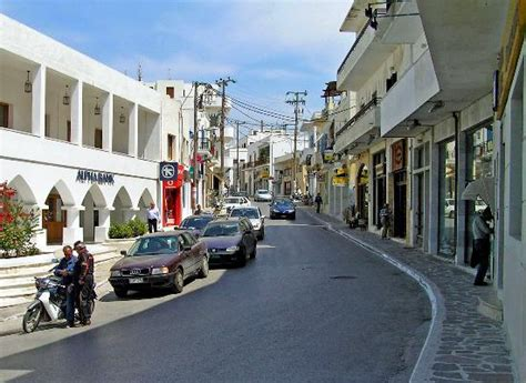 Location Voiture Naxos Port by The Gorgona Taverna At Agia Photo De Naxos