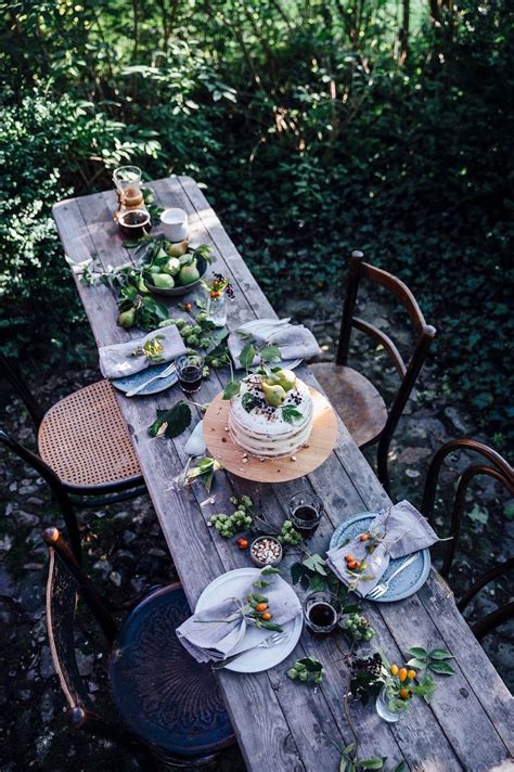 Garden Table Setting Ideas 10 Amazing Outdoor Tablescapes To Make You The Best Host