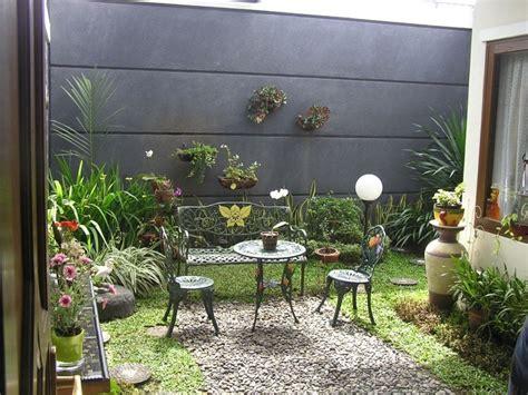 desain eksterior taman belakang taman minimalis belakang rumah sesuai keperluan desain